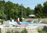 Location vacances La Roque-sur-Pernes - Maison De Vacances - L Isle-Sur-La-Sorgue-3