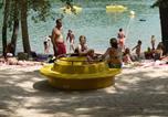 Camping en Bord de lac Pomport - Camping Lac de Neufont-1