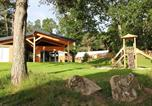 Camping avec Piscine couverte / chauffée Plozévet - Huttopia Douarnenez-3