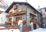 Location vacances Courmayeur - Appartamenti Lo Scoiattolo-1