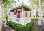 Location vacances Sebastopol - Rose Garden Country Cottage For Two-2
