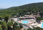 Camping avec Ambiance club Toulon - Parc Saint James Montana-2