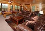 Location vacances Maryville - Mountain Dreams-3