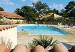Location vacances Saint-Sulpice-de-Royan - Village Vacances Les Châteaux