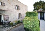 Location vacances  Vaucluse - Holiday home Goult with Mountain View 430-3