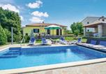 Location vacances Labin - Holiday home Kature I-1