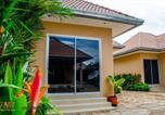 Villages vacances Klaeng - Vii Muay Thai Gym & Beach Resort-1