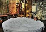 Location vacances Kuching - The Secret Sanctuary Boutique Cottage-1