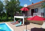 Location vacances Trilj - House with pool near Split-2