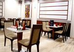 Hôtel Varanasi - Oyo Premium Akashvani(Vns040)-4