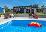 Villages vacances Novigrad - Resort Camping Kastanija.6-1