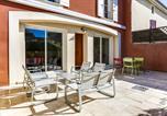 Location vacances Châteauneuf-de-Gadagne - Luckey Homes Apartments-Résidence Lujuly-3