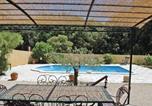 Location vacances Bord de mer de Martigues - Holiday home St Mitre les Remparts 63 with Outdoor Swimmingpool-2