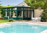 Location vacances Alleins - Provencal villa between Alpilles & Luberon-2
