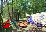 Camping Carsac-Aillac - Le Plein Air des Bories-2