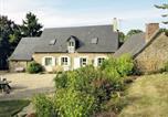 Location vacances Cossé-le-Vivien - Maison De Vacances - Peuton-3