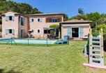 Location vacances Roquefort-les-Pins - Grande villa moderne au calme avec piscine-2
