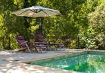 Location vacances Eguilles - Farmhouse With Tennis Court Near Aix And Salon-1