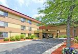 Hôtel Kentwood - Comfort Inn Airport Grand Rapids-1