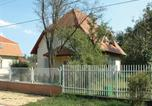 Location vacances Velence - Holiday home Xiii. Utca-Gárdony-2