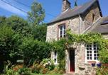 Location vacances Le Mesnilbus - Holiday Home Maison De Vacances - Gratot-1