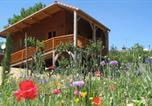 Location vacances Saint-Dier-d'Auvergne - Gite Les Mathieux-3