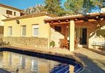 Location vacances Monistrol de Montserrat - Five-Bedroom Holiday home Collbató with a Fireplace 01-1