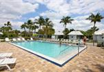 Villages vacances Captiva - Shalimar Cottages And Motel-2