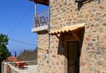 Location vacances Sparte - Stone houses-4