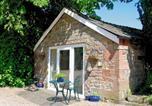 Location vacances Stoke-on-Trent - Churnet Lodge-1