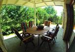 Location vacances Balatonszárszó - Villa Mediterran Hullám Üdülőpark-1