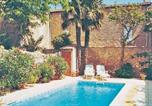 Location vacances Estagel - Holiday Home Les Lauriers-1