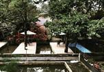 Location vacances Bogor - Villa Taman Air Gadog-1