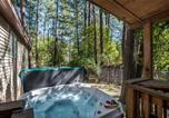Location vacances Ruidoso - A Whispering River Two-bedroom Holiday Home-2