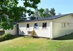 Location vacances Varberg - Three-Bedroom Holiday home in Åskloster 2-4