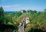 Location vacances Sainte-Suzanne - Village Vacances La Croix Couverte