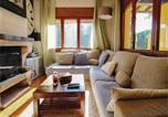 Location vacances El Masnou - Four-Bedroom Holiday Home in El Masnou-2