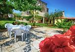 Location vacances Višnjan - Apartman Borgonja-2