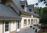 Hôtel Contremoulins - Chambres d'Hôtes Le Clos Bel Ami-1