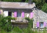 Location vacances Saint-Sernin-sur-Rance - Gites Au Coeur Des Bois-1