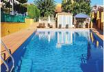Location vacances El Masnou - Four-Bedroom Holiday Home in El Masnou-3