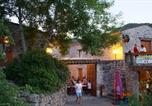 Camping avec Piscine Saint-Sauveur-de-Montagut - Mas de Champel-4