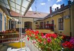 Hôtel Debrecen - Zsuzsanna Vendégház-3