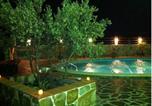 Location vacances Valencia de las Torres - Finca La Herencia-1