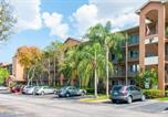 Location vacances Miami Lakes - Two-Bedroom Villa by Kingston Holidays-1