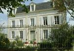 Location vacances La Gripperie-Saint-Symphorien - Domaine De Berthegille-1