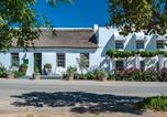 Hôtel Robertson - Old Village Lodge-2