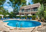 Location vacances Cales de Mallorca - Apartamentos Cala Murada Minigolf-2