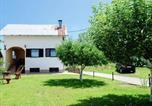 Location vacances Lovinac - Holiday House Lovinac-1