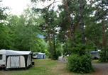 Camping en Bord de rivière Peisey-Nancroix - Camping Chalets Résidentiels Saint James Les Pins-4